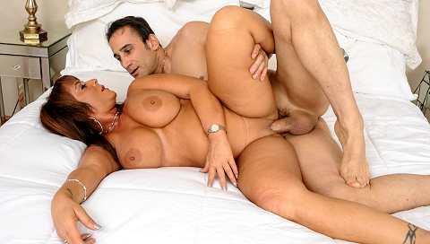 Big Titty MILFS #17