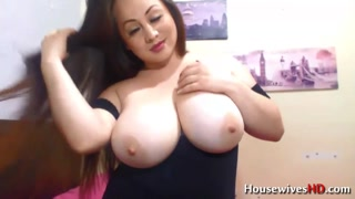 Naughty BBW With Enormous Natural Boobs In Bed