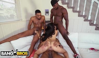 BANGBROS – 3 Big Dick Brothas Gangbang Petite Latina