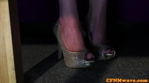 Euro CFNM Babes Tugging Bondage Guys