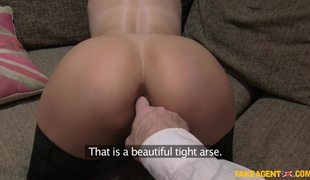 Hot And Classy Babe Jamie Ray Wants That Big Dick