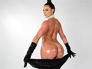 Big Ass Kendra Lust Breaks The Internet