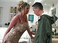 Sexy Housewife Seduced Pizza Delivery Boy