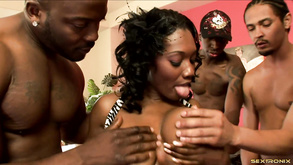 Ebony Mommy Blowbang
