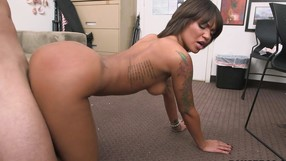 Amateur Honey Has A Wild Time In A Casting Video