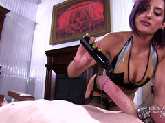 Chloe Amour Jerks Off Her Romantic Admirer Who Obeys Her