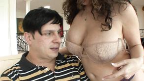 Kiki Daire Get Her Vagina Rammed