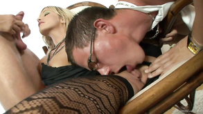 Hotness European Blond Hair Girl 3some Sex Betty Anderson