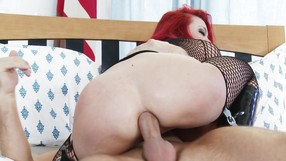 Curvy Redhead Receives A Spectacular Facial
