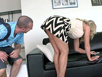 Blonde Mom's Beautiful Shaved Pussy Drives Him Crazy