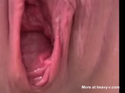 Fingering Pussy While Shitting